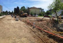 Građani negoduju: Raskopali ulicu a ne mogu da je završe